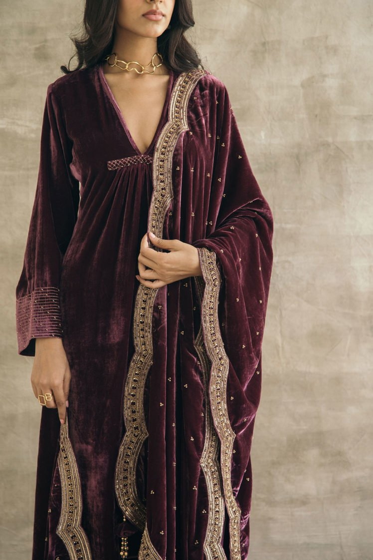 Wine Wide Scalloped Hand Embroidered Dupatta